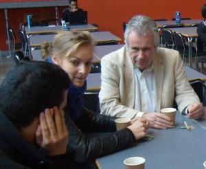 Martin Bell with Lincoln School of Journalism students (Photo: Michael Smith)